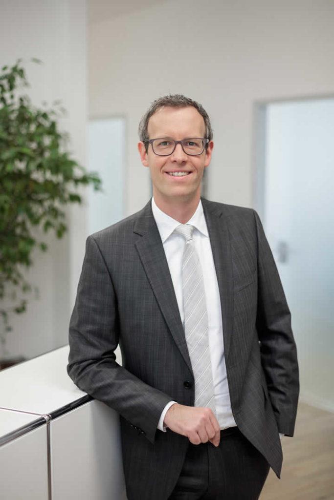 Björn Bauer, Steuerberater