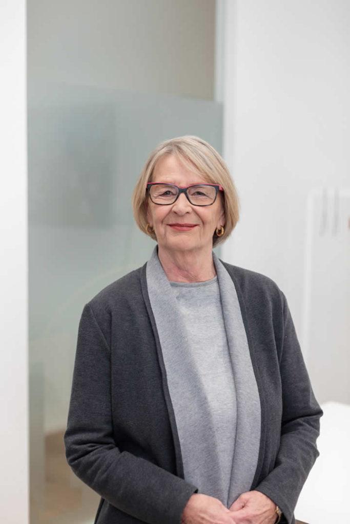 Hannelore Bauer-Kosok, Steuerberaterin